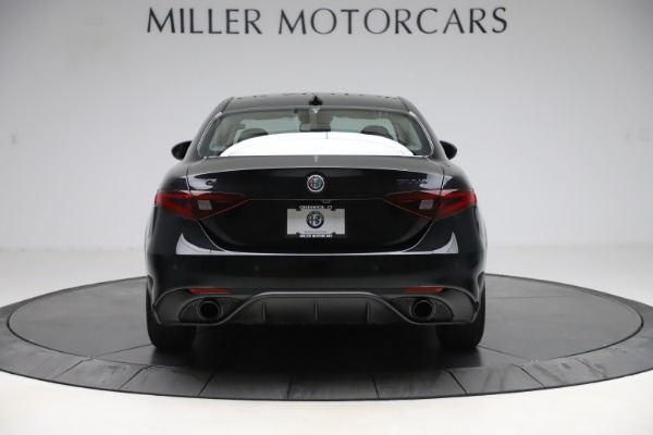 Used 2019 Alfa Romeo Giulia Sport Q4 for sale Sold at Alfa Romeo of Westport in Westport CT 06880 6