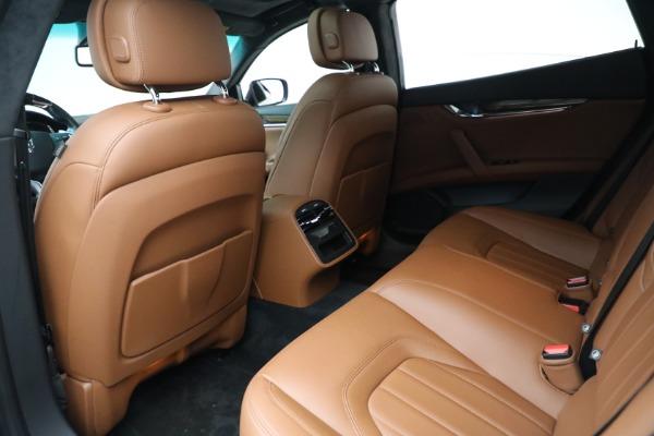 Used 2015 Maserati Quattroporte S Q4 for sale Sold at Alfa Romeo of Westport in Westport CT 06880 15