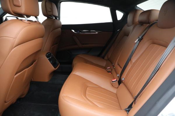 Used 2015 Maserati Quattroporte S Q4 for sale Sold at Alfa Romeo of Westport in Westport CT 06880 16