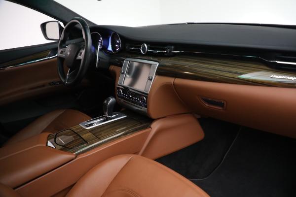 Used 2015 Maserati Quattroporte S Q4 for sale Sold at Alfa Romeo of Westport in Westport CT 06880 19
