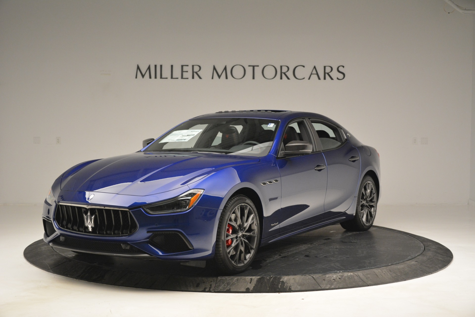 New 2019 Maserati Ghibli S Q4 GranSport for sale $99,040 at Alfa Romeo of Westport in Westport CT 06880 1