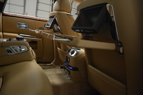 Used 2014 Rolls-Royce Ghost for sale Sold at Alfa Romeo of Westport in Westport CT 06880 23