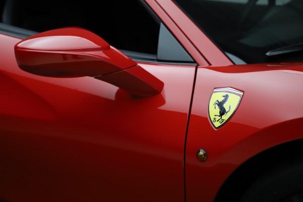 Used 2018 Ferrari 488 GTB for sale $245,900 at Alfa Romeo of Westport in Westport CT 06880 15