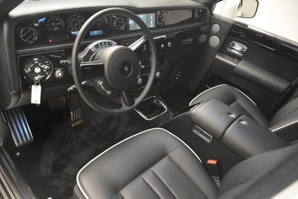 Used 2014 Rolls-Royce Phantom for sale Sold at Alfa Romeo of Westport in Westport CT 06880 15