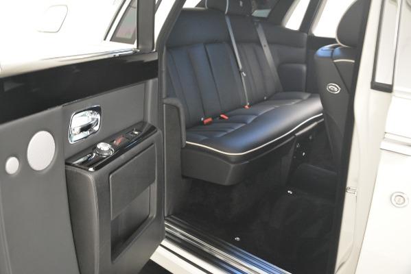 Used 2014 Rolls-Royce Phantom for sale Sold at Alfa Romeo of Westport in Westport CT 06880 25