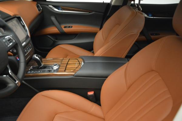 Used 2019 Maserati Ghibli S Q4 for sale Sold at Alfa Romeo of Westport in Westport CT 06880 14