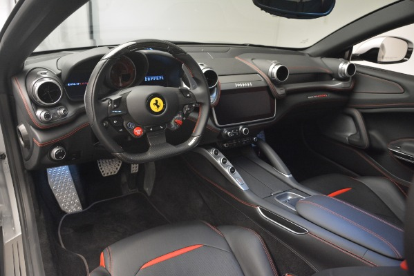Used 2018 Ferrari GTC4LussoT V8 for sale $209,900 at Alfa Romeo of Westport in Westport CT 06880 13