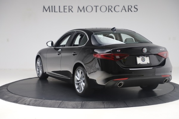 New 2019 Alfa Romeo Giulia Q4 for sale Sold at Alfa Romeo of Westport in Westport CT 06880 5