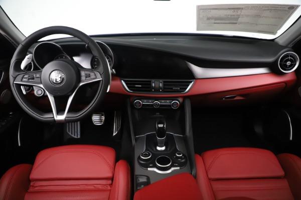 New 2019 Alfa Romeo Giulia Ti Sport Q4 for sale Sold at Alfa Romeo of Westport in Westport CT 06880 16