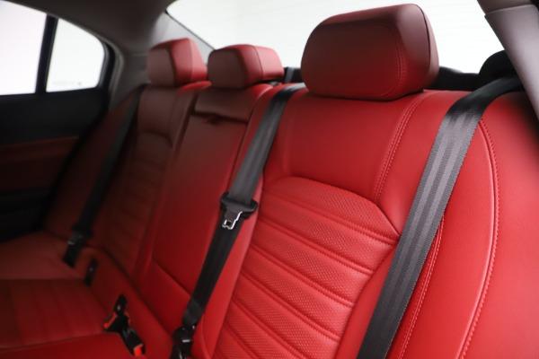 New 2019 Alfa Romeo Giulia Ti Sport Q4 for sale Sold at Alfa Romeo of Westport in Westport CT 06880 18