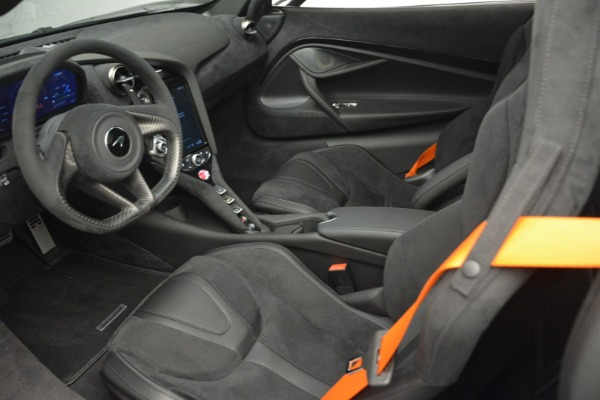 New 2019 McLaren 720S Coupe for sale $351,470 at Alfa Romeo of Westport in Westport CT 06880 16