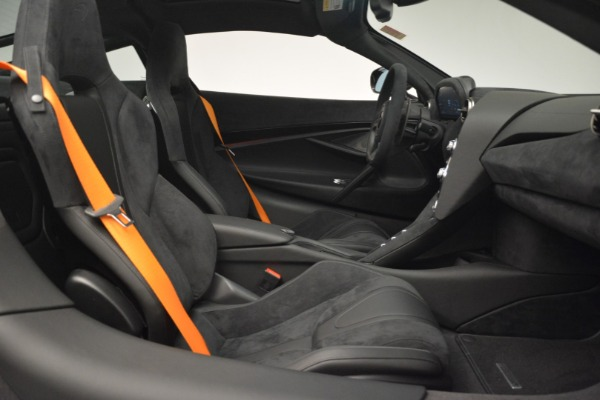 New 2019 McLaren 720S Coupe for sale $351,470 at Alfa Romeo of Westport in Westport CT 06880 20