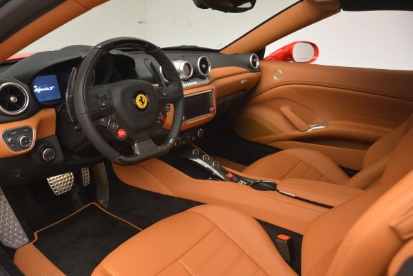 Used 2017 Ferrari California T Handling Speciale for sale $163,900 at Alfa Romeo of Westport in Westport CT 06880 19