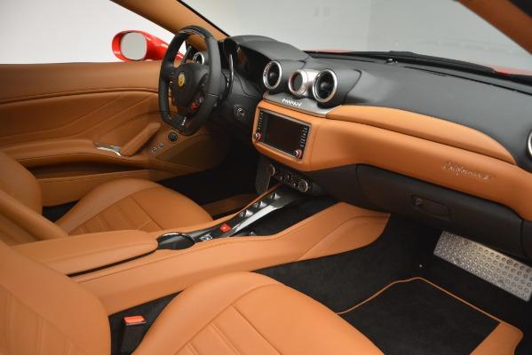 Used 2017 Ferrari California T Handling Speciale for sale $163,900 at Alfa Romeo of Westport in Westport CT 06880 23