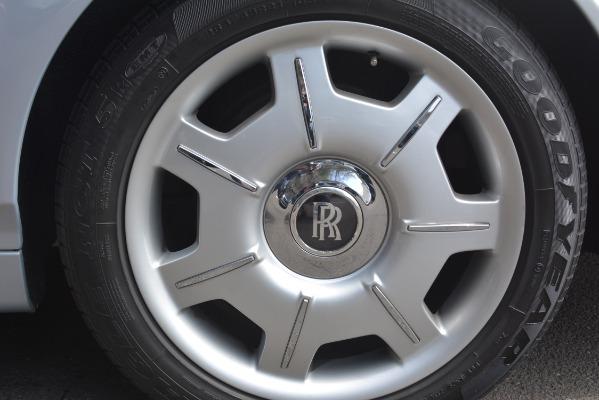 Used 2007 Rolls-Royce Phantom for sale Sold at Alfa Romeo of Westport in Westport CT 06880 14