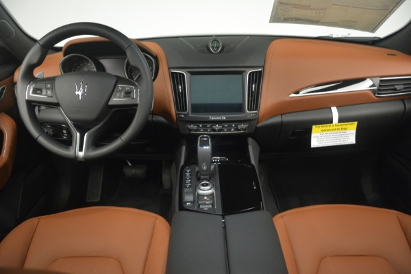 New 2019 Maserati Levante Q4 for sale $61,900 at Alfa Romeo of Westport in Westport CT 06880 16