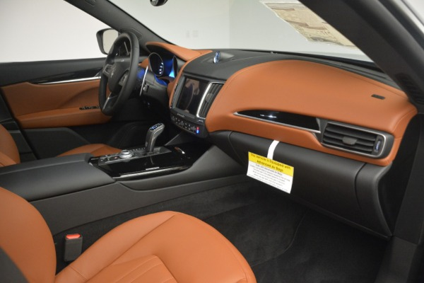 New 2019 Maserati Levante Q4 for sale $61,900 at Alfa Romeo of Westport in Westport CT 06880 22