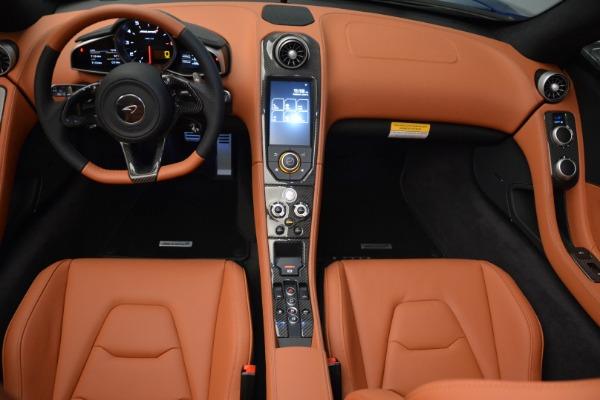 Used 2015 McLaren 650S Spider Convertible for sale Sold at Alfa Romeo of Westport in Westport CT 06880 21