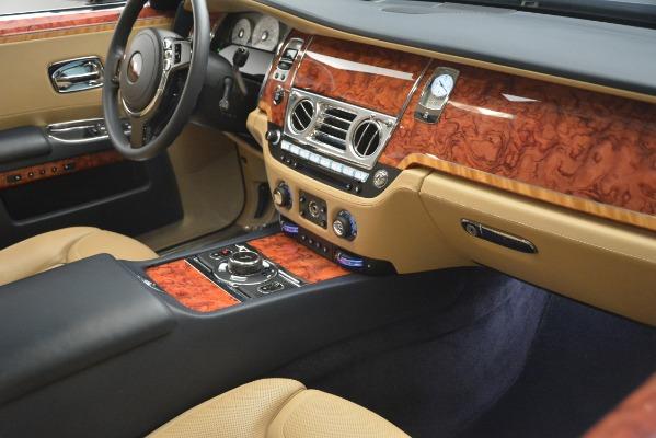 Used 2015 Rolls-Royce Ghost for sale Sold at Alfa Romeo of Westport in Westport CT 06880 21