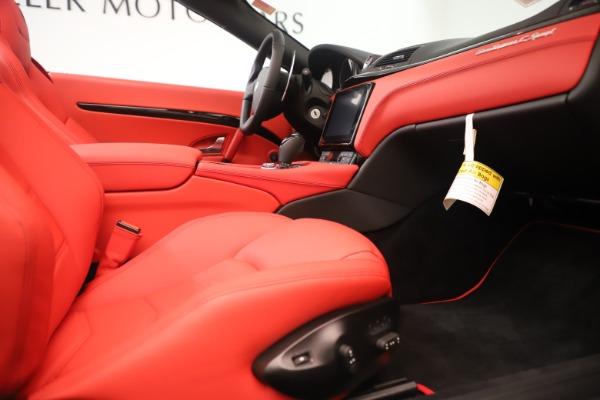 New 2018 Maserati GranTurismo Sport Convertible for sale $159,740 at Alfa Romeo of Westport in Westport CT 06880 27
