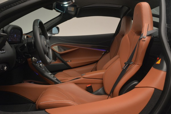 Used 2018 McLaren 720S Coupe for sale Sold at Alfa Romeo of Westport in Westport CT 06880 16