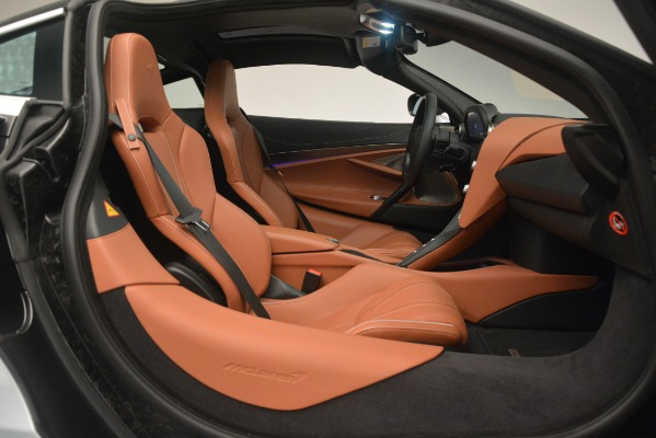 Used 2018 McLaren 720S Coupe for sale Sold at Alfa Romeo of Westport in Westport CT 06880 19