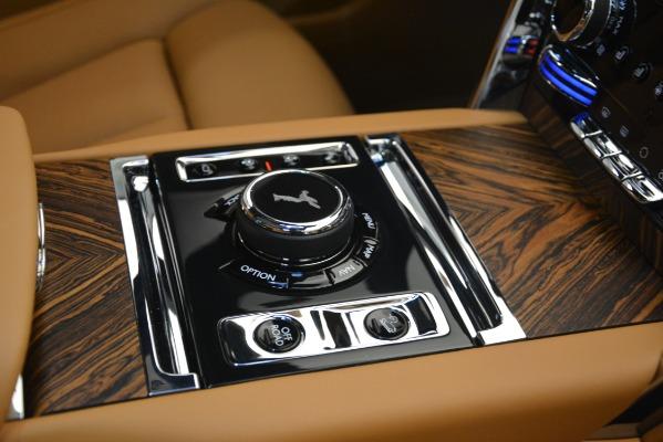 Used 2019 Rolls-Royce Cullinan for sale Sold at Alfa Romeo of Westport in Westport CT 06880 26