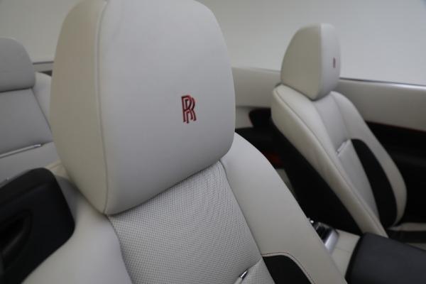 Used 2019 Rolls-Royce Dawn for sale $379,900 at Alfa Romeo of Westport in Westport CT 06880 27