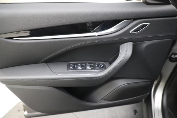 Used 2019 Maserati Levante Q4 for sale Sold at Alfa Romeo of Westport in Westport CT 06880 17