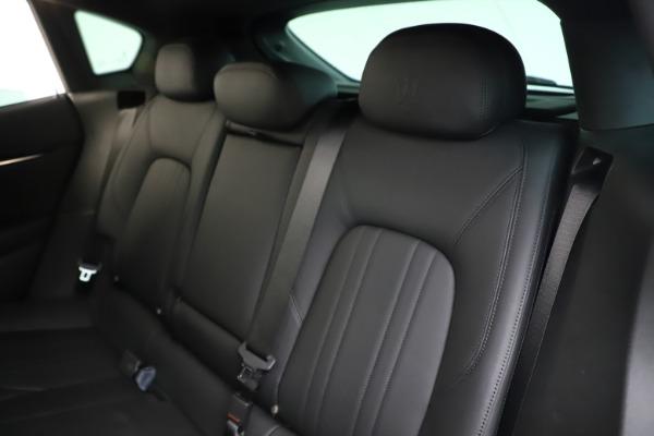 Used 2019 Maserati Levante Q4 for sale Sold at Alfa Romeo of Westport in Westport CT 06880 18