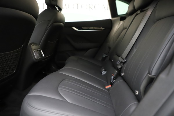 Used 2019 Maserati Levante Q4 for sale Sold at Alfa Romeo of Westport in Westport CT 06880 19