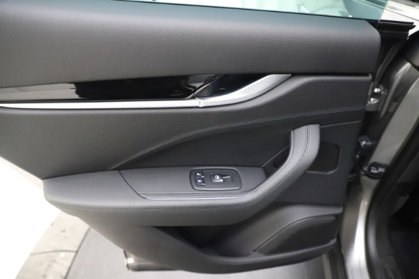 Used 2019 Maserati Levante Q4 for sale Sold at Alfa Romeo of Westport in Westport CT 06880 21