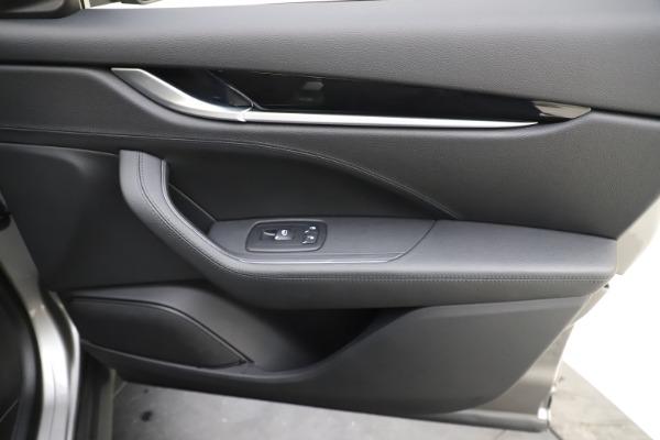 Used 2019 Maserati Levante Q4 for sale Sold at Alfa Romeo of Westport in Westport CT 06880 25