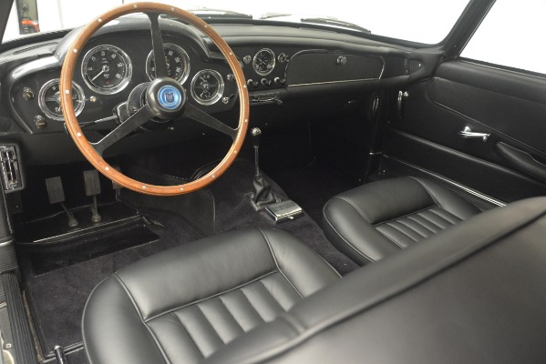 Used 1961 Aston Martin DB4 Series IV Coupe for sale $625,900 at Alfa Romeo of Westport in Westport CT 06880 21