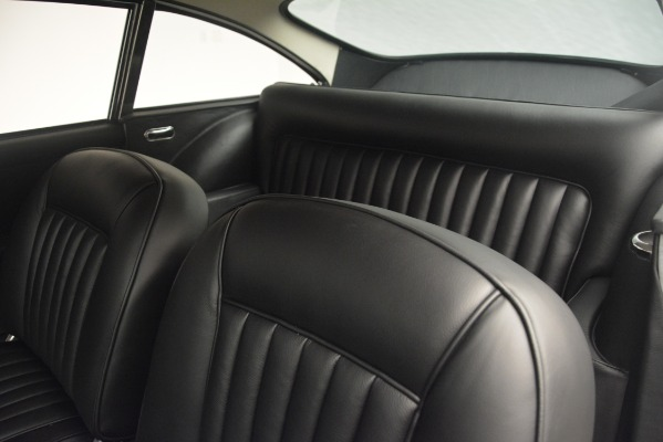 Used 1961 Aston Martin DB4 Series IV Coupe for sale $625,900 at Alfa Romeo of Westport in Westport CT 06880 23