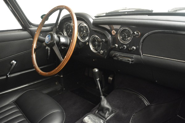 Used 1961 Aston Martin DB4 Series IV Coupe for sale $625,900 at Alfa Romeo of Westport in Westport CT 06880 26