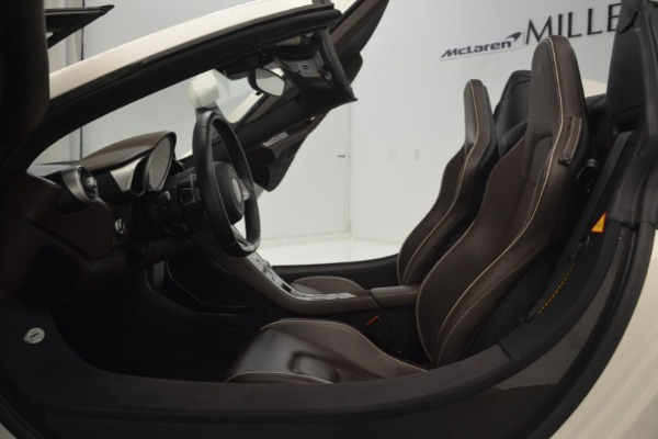 Used 2015 McLaren 650S Convertible for sale Sold at Alfa Romeo of Westport in Westport CT 06880 21