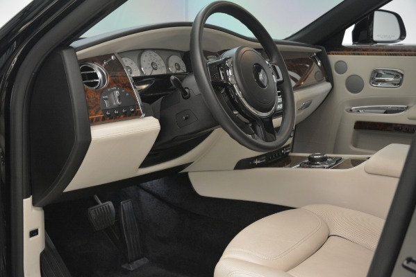 Used 2016 Rolls-Royce Ghost for sale Sold at Alfa Romeo of Westport in Westport CT 06880 13