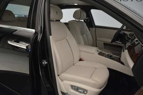 Used 2016 Rolls-Royce Ghost for sale Sold at Alfa Romeo of Westport in Westport CT 06880 16