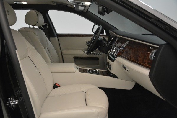 Used 2016 Rolls-Royce Ghost for sale Sold at Alfa Romeo of Westport in Westport CT 06880 18