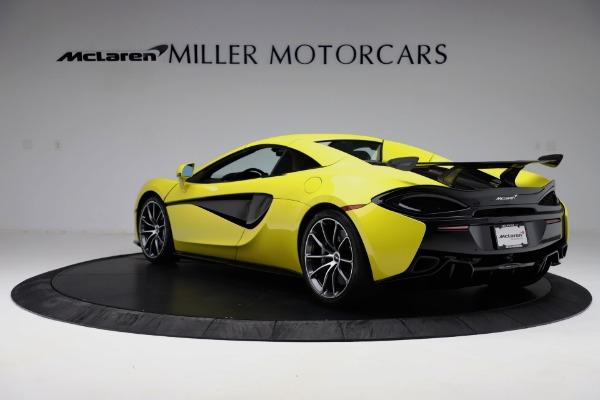 New 2019 McLaren 570S SPIDER Convertible for sale $227,660 at Alfa Romeo of Westport in Westport CT 06880 11