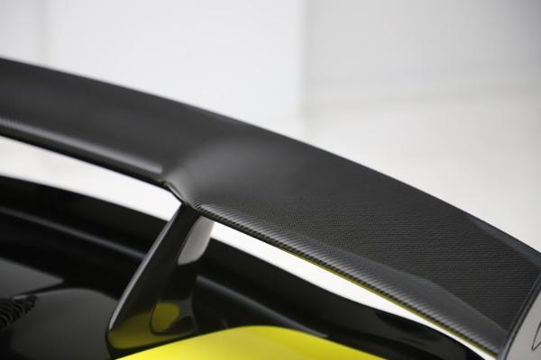 New 2019 McLaren 570S SPIDER Convertible for sale $227,660 at Alfa Romeo of Westport in Westport CT 06880 27