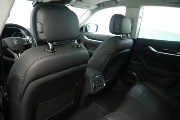New 2019 Maserati Levante Q4 Nerissimo for sale $89,850 at Alfa Romeo of Westport in Westport CT 06880 20