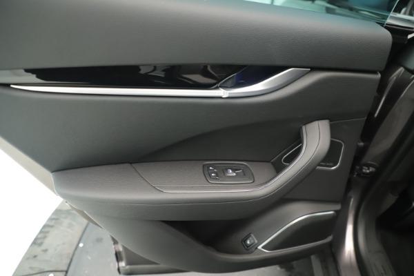 New 2019 Maserati Levante Q4 Nerissimo for sale $89,850 at Alfa Romeo of Westport in Westport CT 06880 21