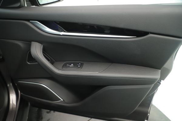 New 2019 Maserati Levante Q4 Nerissimo for sale $89,850 at Alfa Romeo of Westport in Westport CT 06880 25