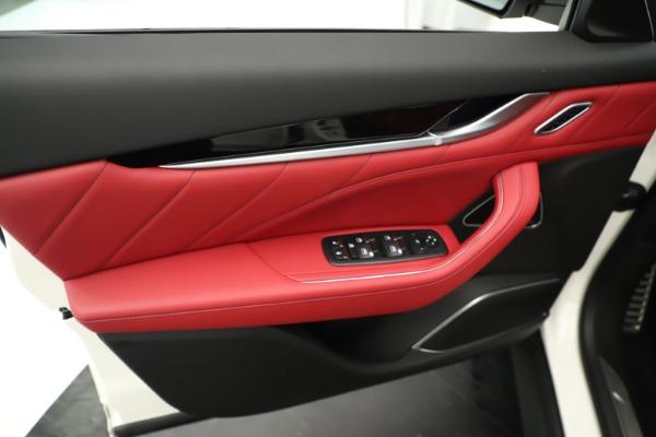 New 2019 Maserati Levante Q4 GranSport Nerissimo for sale Sold at Alfa Romeo of Westport in Westport CT 06880 17