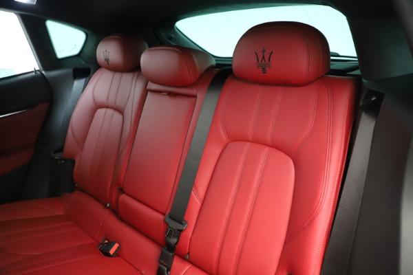 New 2019 Maserati Levante Q4 GranSport Nerissimo for sale Sold at Alfa Romeo of Westport in Westport CT 06880 18