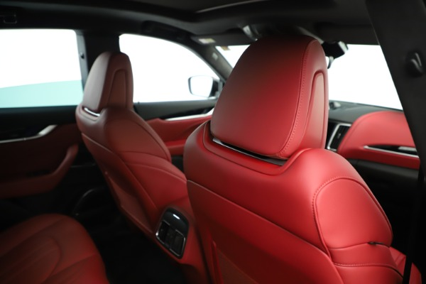 New 2019 Maserati Levante Q4 GranSport Nerissimo for sale Sold at Alfa Romeo of Westport in Westport CT 06880 28