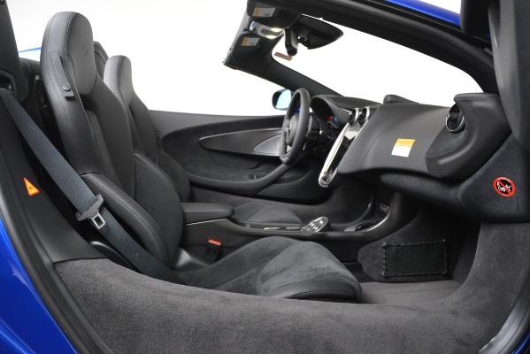 New 2020 McLaren 600LT SPIDER Convertible for sale $304,970 at Alfa Romeo of Westport in Westport CT 06880 22