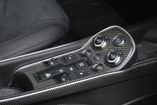 New 2020 McLaren 600LT SPIDER Convertible for sale $304,970 at Alfa Romeo of Westport in Westport CT 06880 26